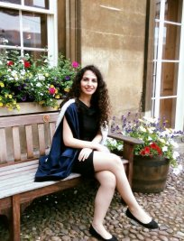 Maria is a private Physics tutor in Cambridge
