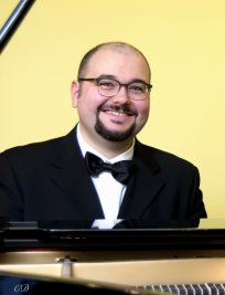 Alessandro offers Piano lessons in Newmarket