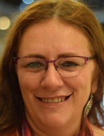 Sylvia is an IELTS tutor in Heanor