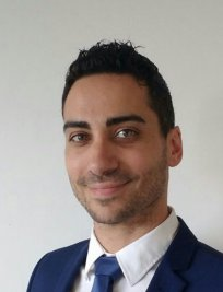 Fabrizio is an Italian tutor in Surrey Greater London