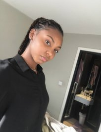 Tarah is a French tutor in Bromley