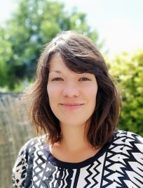 Celine is a French tutor in Thurrock