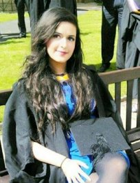Arifah Aftab is an EFL tutor in Yardley