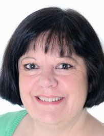 Hilary is a private tutor in Emsworth