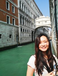 Huan is a private Biology tutor in Cambridge
