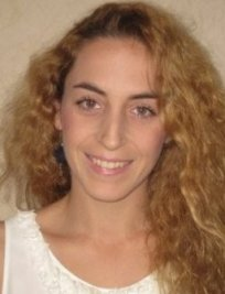 Lola is a Spanish tutor in Burgess Hill