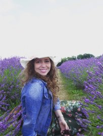 Elizaine is a private European Languages tutor in Merseyside