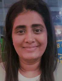 Shruti is a tutor in Henfield