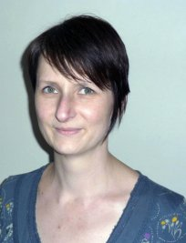 Sue is a private Academic tutor in Walsall