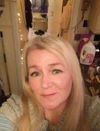 Caroline is an EFL tutor in Newton-le-Willows