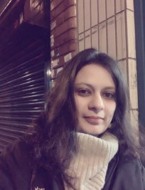 Rupal is a French tutor in Whitton