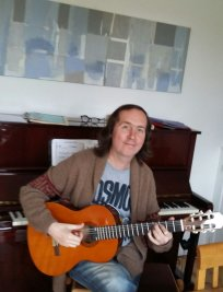 Michael offers Guitar lessons in South East London