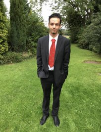 Mylan is a French tutor in Wednesbury