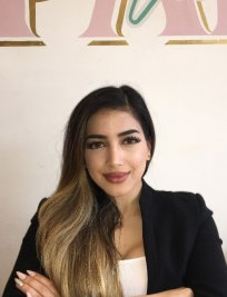 Filiz is a private English Literature tutor in Middlesex