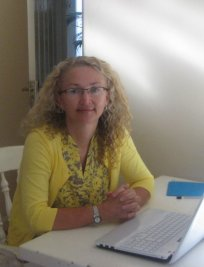 Michelle is a private tutor in Combe Down