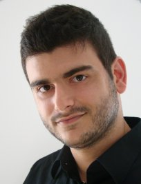 Dimitris offers Singing lessons in Colliers Wood