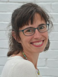 Marie is a French tutor in Eastcote