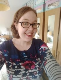 Eleanor is a private English tutor in Banbury