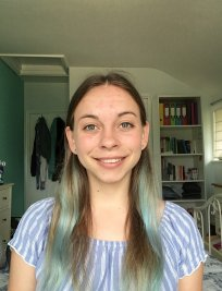 Charlotte is an European Languages tutor in Batley West