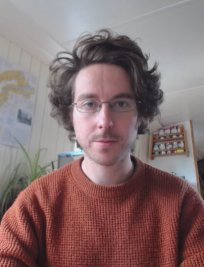 Mark is a private Physics tutor in Bristol
