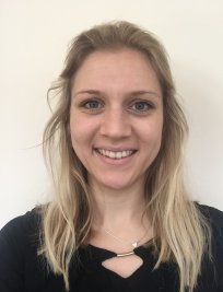 Emma is a private Biology tutor in Bebington