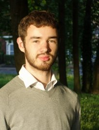 Matthew is an English tutor in Dronfield