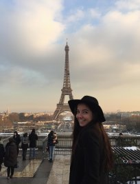 Lucie is a French tutor in Wembley