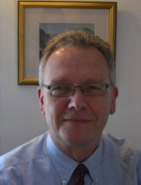 Francis is a private tutor in Faringdon