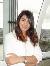 Roja is an IT tutor in West Hendon