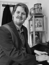 David is a private Music tutor in Wapping