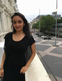 Fiya is an English tutor in Bedford