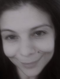 Arina is a French tutor in Tipton