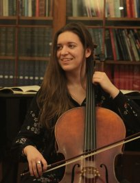 Elize offers Music Theory lessons in Dulwich