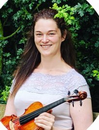 Laura teaches Music Theory lessons in Hertfordshire