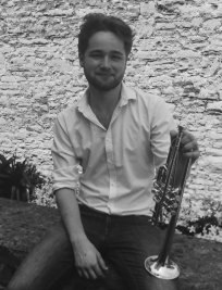 Oliver is a private Popular Instruments tutor in Glasgow