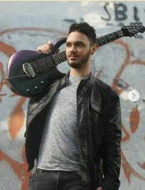 Samuele teaches Bass Guitar lessons in Kensington