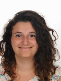 Valeria is an Italian tutor in Farnborough