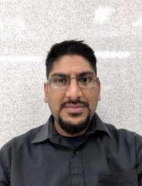 Ravi is a tutor in Cambuslang