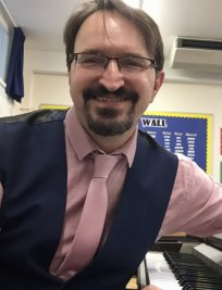 Tarquin is a Music tutor in Chelsfield