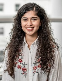 Simran is a Biology tutor in Harrow