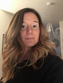 Giulia is an Italian tutor in Surrey Greater London