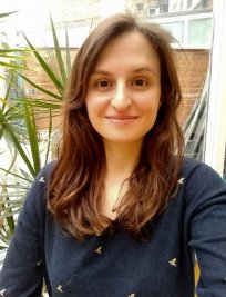 Amandine offers English tuition in East Finchley