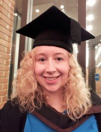 Samantha is a Humanities and Social tutor in Stalybridge