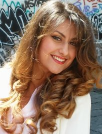 MARIA is an Italian tutor in Farnborough