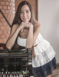 Julieta offers Other Instruments tuition