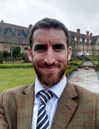 Matthew offers Science tuition in Sutton