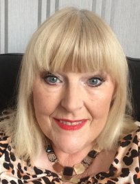 Jacqueline offers private tuition in North East