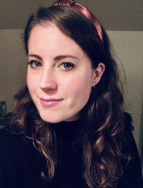 Holly is a History of Art tutor in Clapham