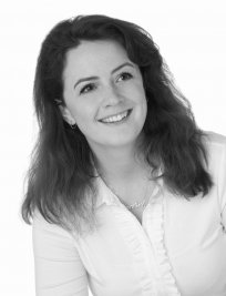 Alice is a Humanities and Social tutor in Sandhurst (Berkshire)