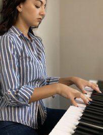 Marta offers Piano lessons in Leigh-on-Sea